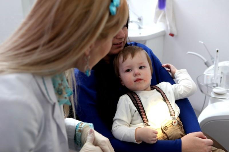 White Light отбеливание зубов в Харькове. Сравнить